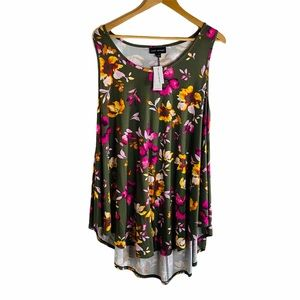"""Lane Bryant """"Our Swing"""" Floral Top Sz: 18/20"""